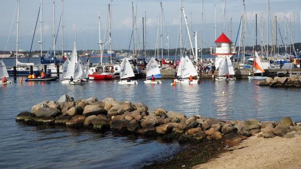 Beschaulich - Hafen von Mönkeberg in der Kieler Förde
