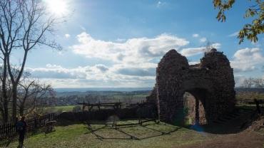 """Sonnige Aussichten von der """"Ruine Ebersburg"""" (HWN 100)"""