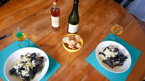 Essen in der Normandie (1)
