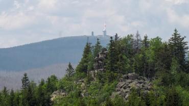 Brockenblick von der Leistenklippe (1)